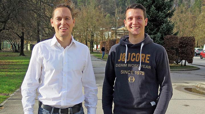 Nov predsednik Odbora za gorsko kolesarstvo, Jan Starman in selektor Urban Ferenčak po izvolitvi pred Kulturnim domom Mengeš
