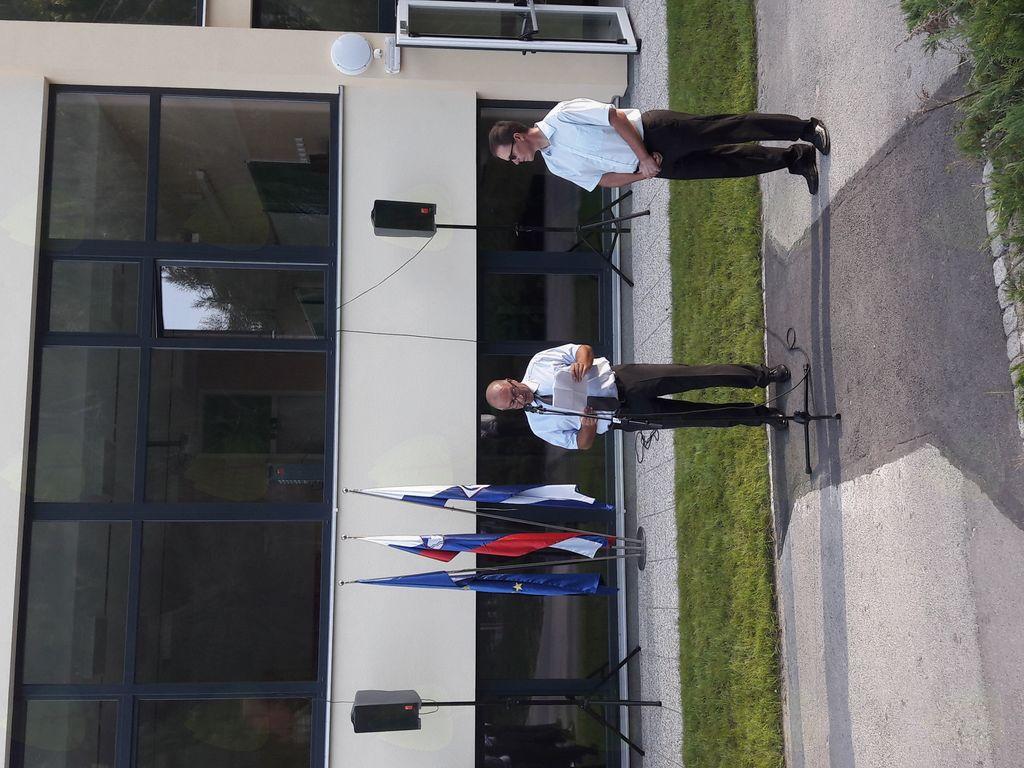 V govoru je Franc Jerič, župan Občine Mengeš, povzel aktivnosti za izgradnjo vzhodnega prizidka Osnovne šole Mengeš