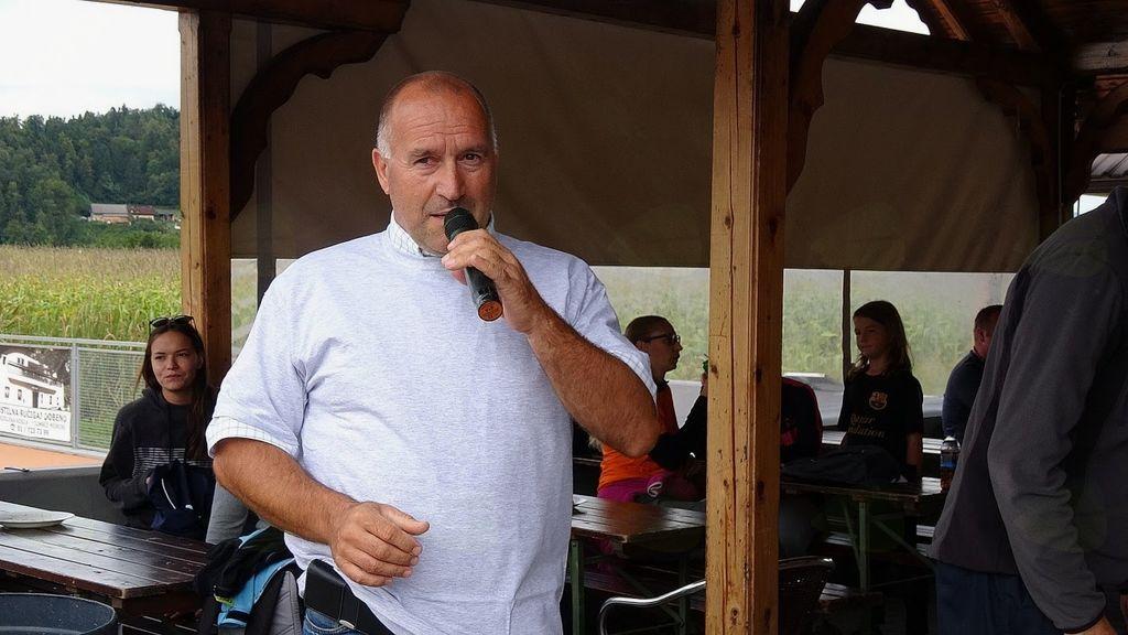 Pozdrav Franca Jeriča, župana Občine Mengeš, vseh udeleženk in udeležencev 2. vaških iger v Loki pri Mengšu in zahvala organizatorjem