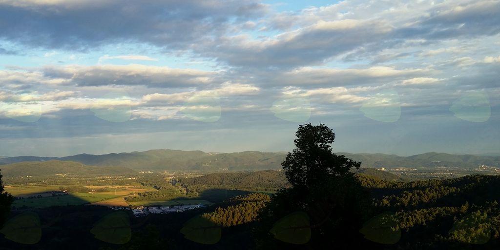 Jesenski pogled z Dobena na Mengeš