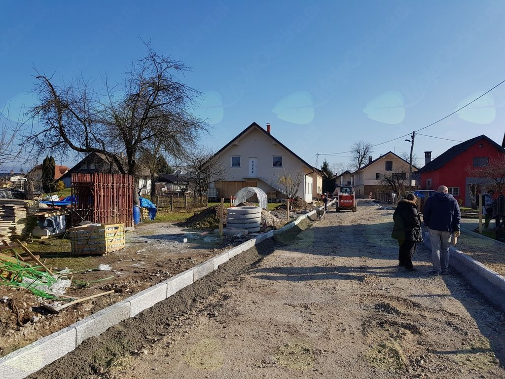 Rekonstrukcija Ropretove ulice v letu 2017