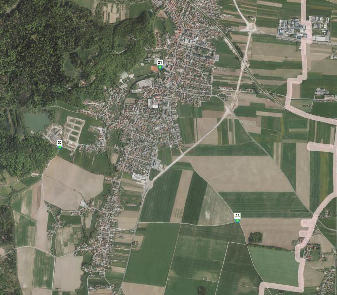 Lokacije pitnikov v občini Mengeš: (21) Športni park pri teniških igriščih, (22) Ropretova cesta pri Zajetju Pristava in (23) Mengeško polje v bližini kapelice.