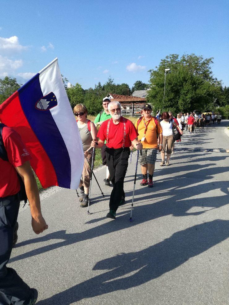 8. tradicionalni pohod ob praznovanju dneva državnosti je potekal v organizacijo Vojnih veteranov za Slovenijo