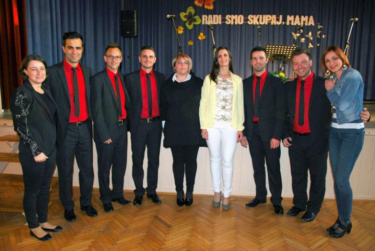 Kvintet Aeternum zapel mamam v Bakovcih