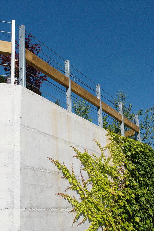 Potem: plezalka zakrije velike betonske površine