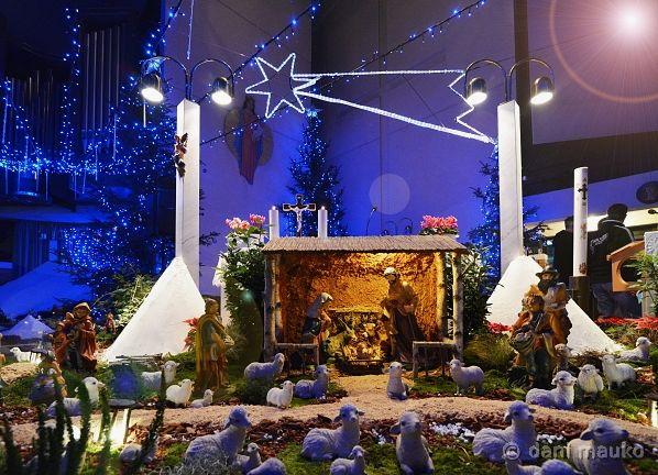 Sveti večer in božična sveta maša