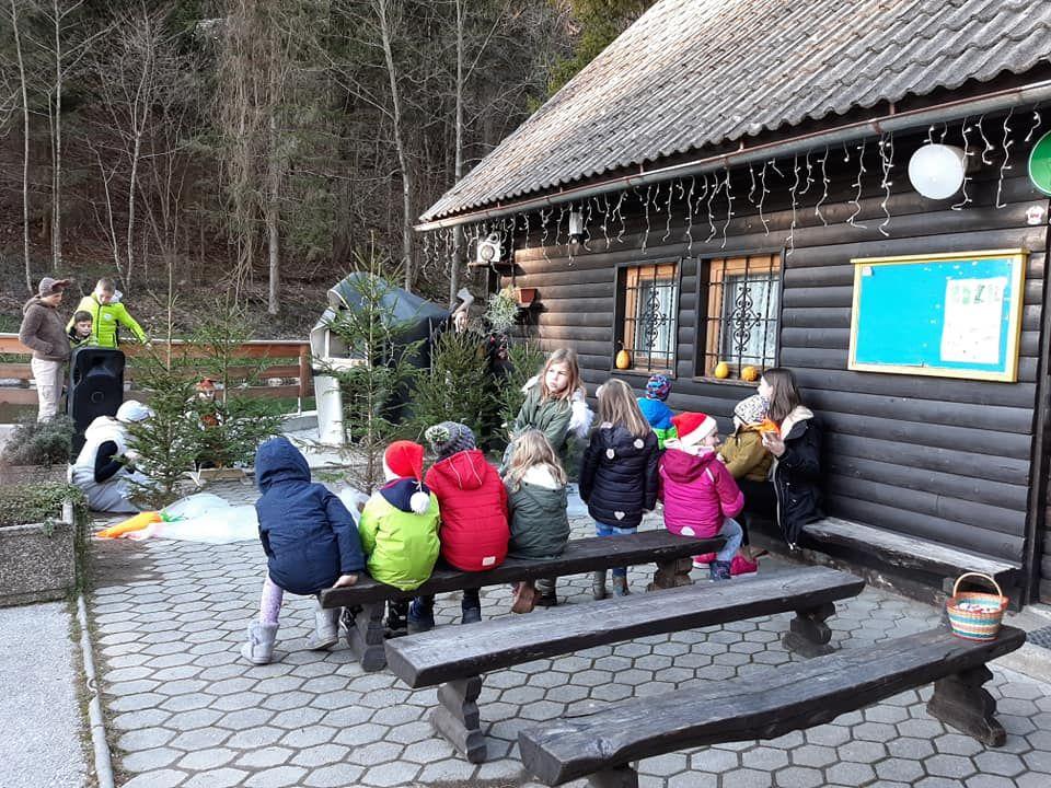 Božiček in igrica za otroke