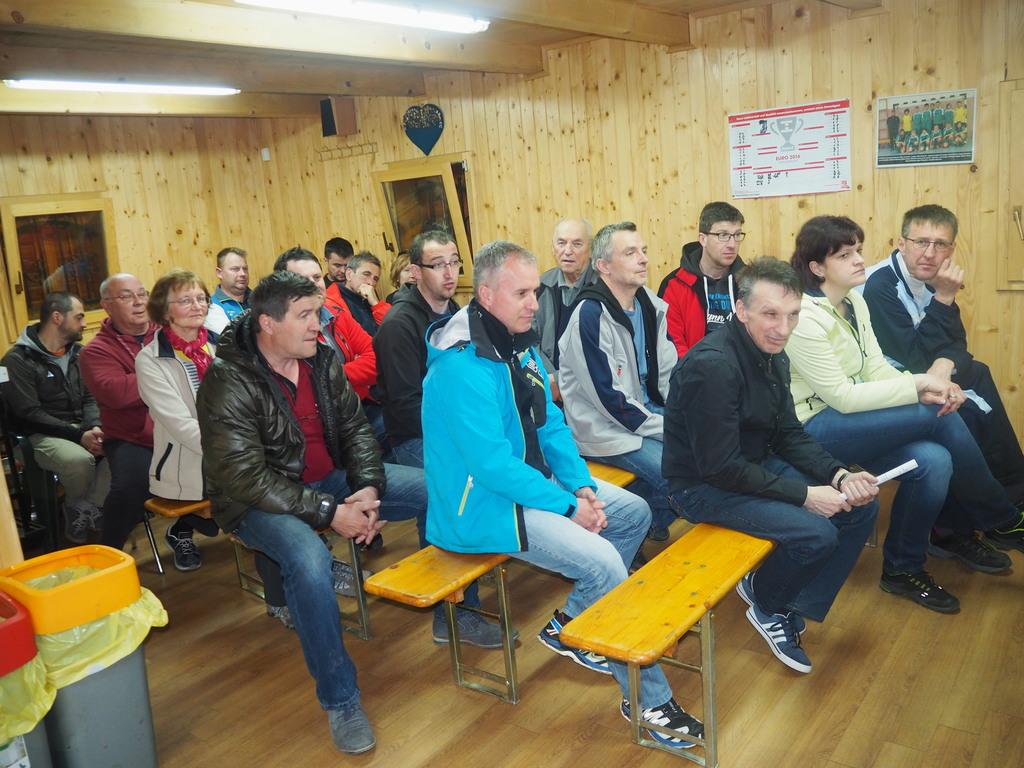 Udeleženci zbora