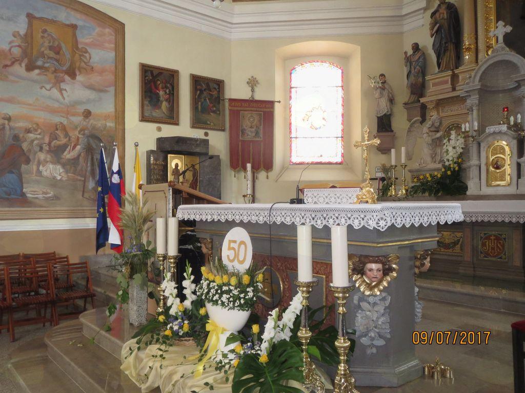 Pripravljen oltar