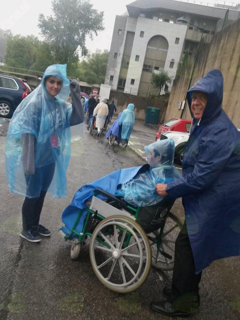 Z bolniki v Lurdu.