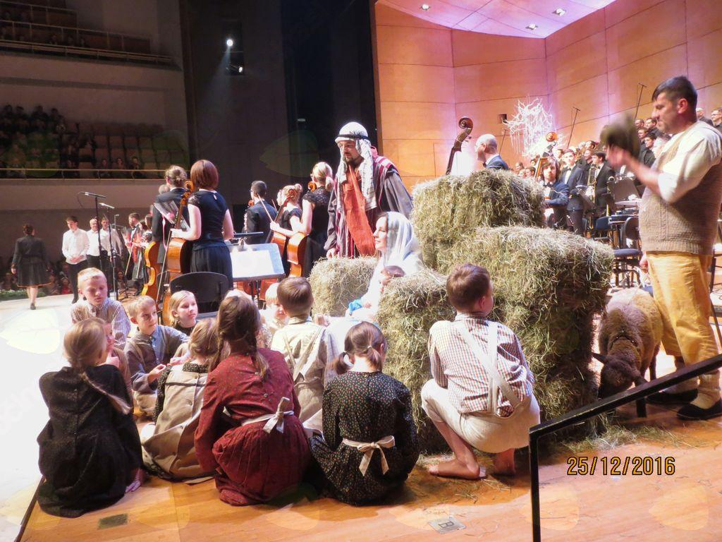 Božični koncert simfoničnega orkestra Cantabile