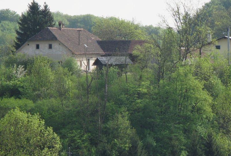 Ašičev dom iz Pod Supota