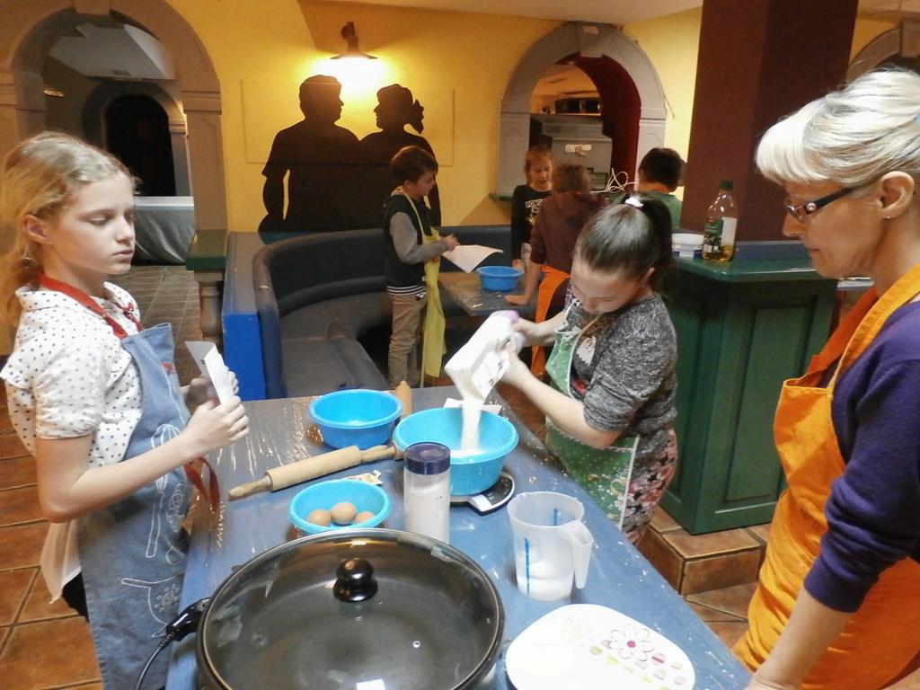 Petkove kuharije v Mravljišču