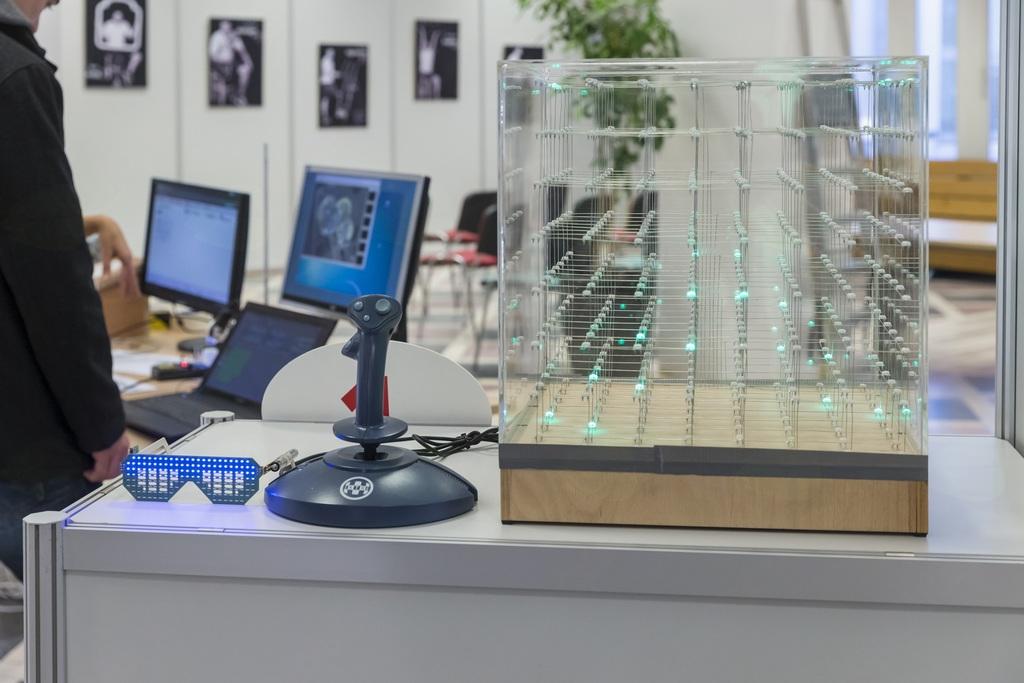 Informativni dnevi na Fakulteti za elektrotehniko Univerze v Ljubljani