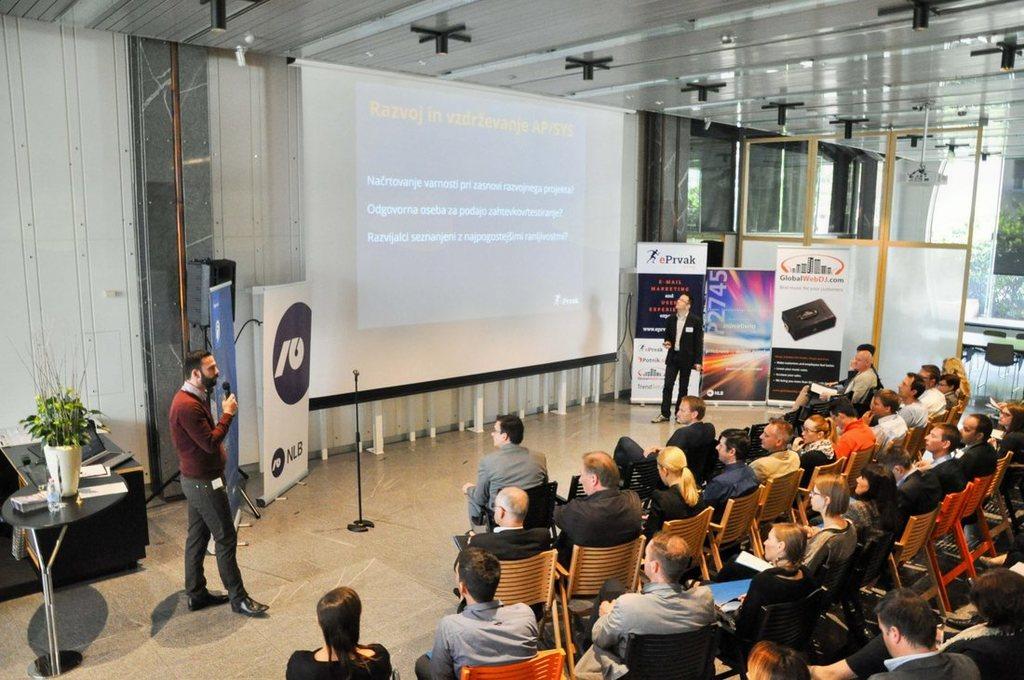 """Konferenca """"Digitalna transformacija kot priložnost"""""""