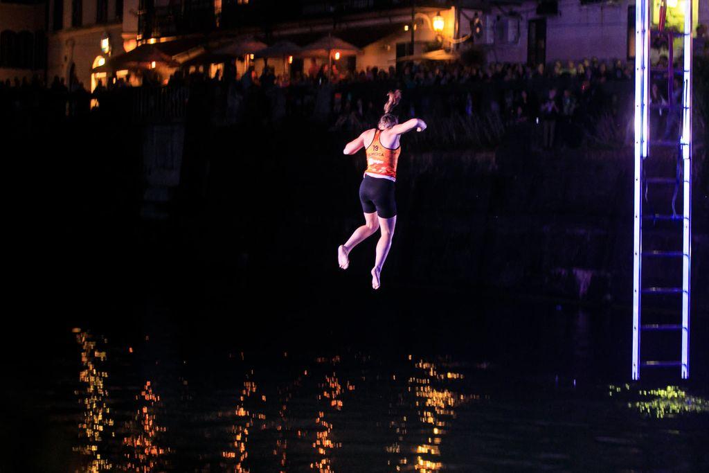 Vita Lukan 1., Luka Potočar 3. v spektaklu nad Ljubljanico