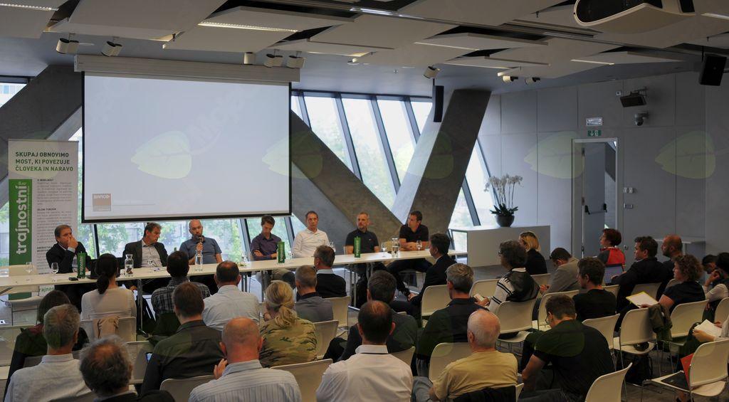 Slovenija je površno pripravljena na e-mobilnost