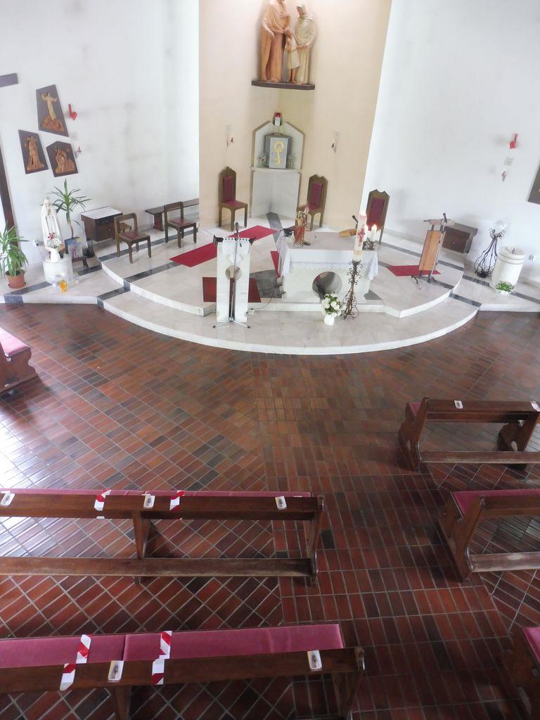Cerkev v času, ko zopet lahko gremo k sveti maši