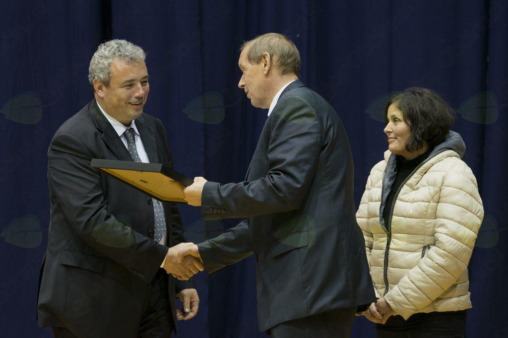 Drago Novak je županu predal listino.