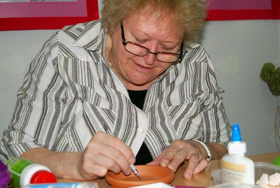 """Vera Perko: """"Kreativna delavnica tradicionalnih izdelkov"""""""