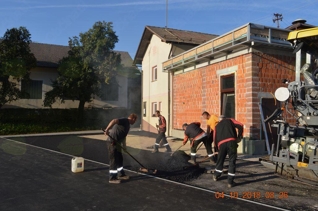 asfaltiranje okrog doma PGD