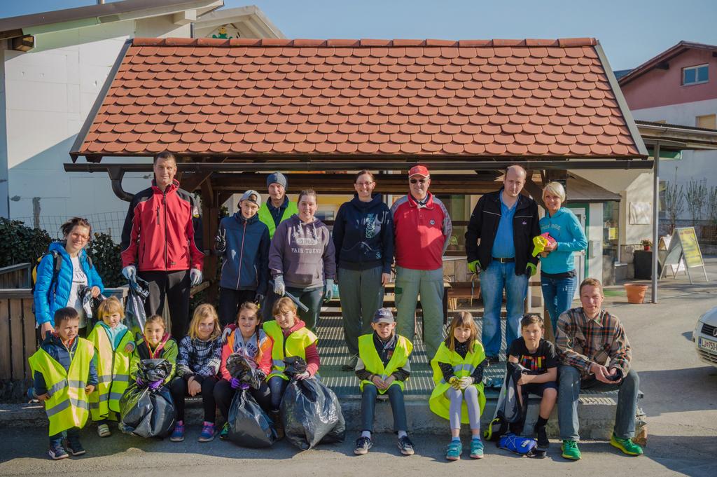 Fotoreportaža: Čistilna akcija za čistejše okolje v Občini Brezovica