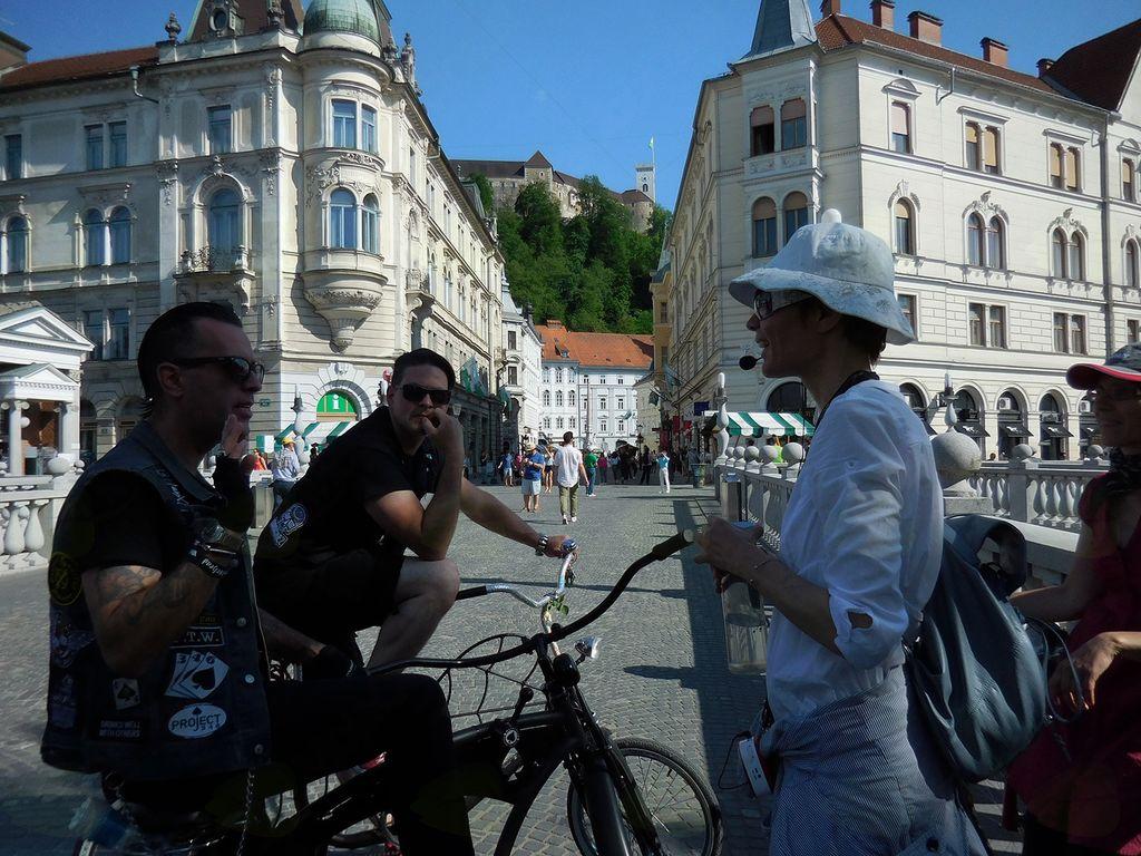 Kolesarjenje po Plečnikovi Ljubljani