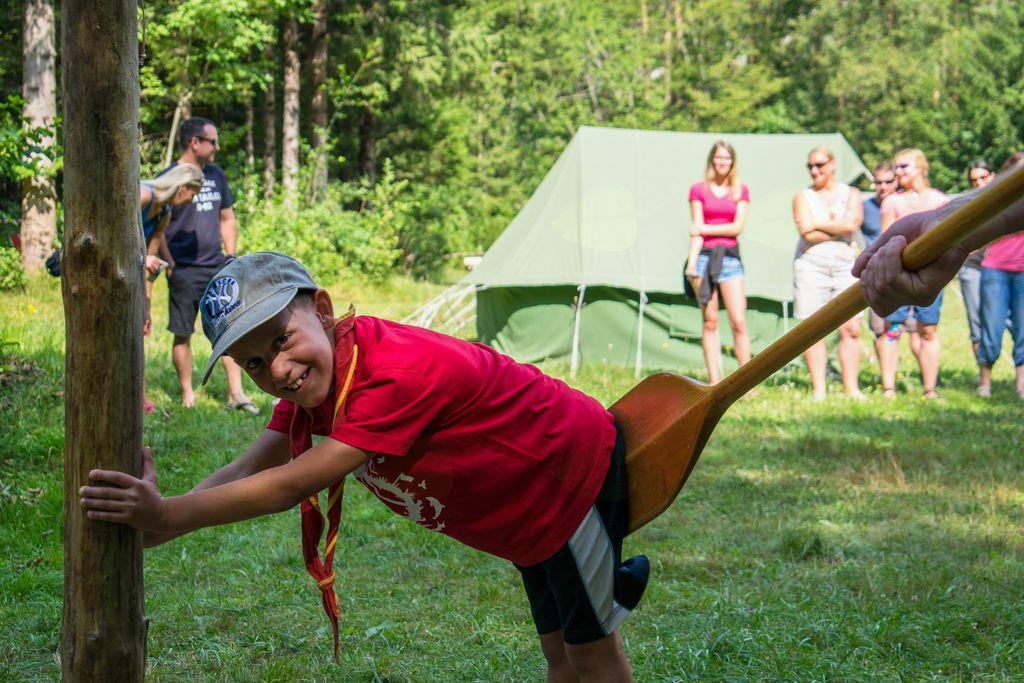 kazen za nepospravljen šotor!
