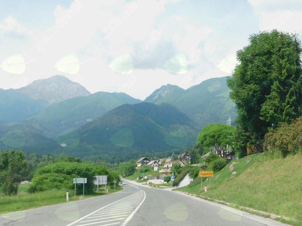 Na državni cesti v Tupaličah odslej počasneje!