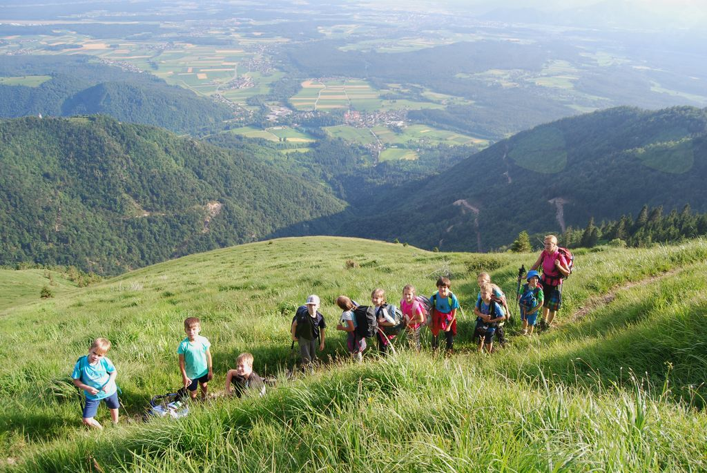 V Hudičevem borštu še en tabor mladih preddvorskih planincev