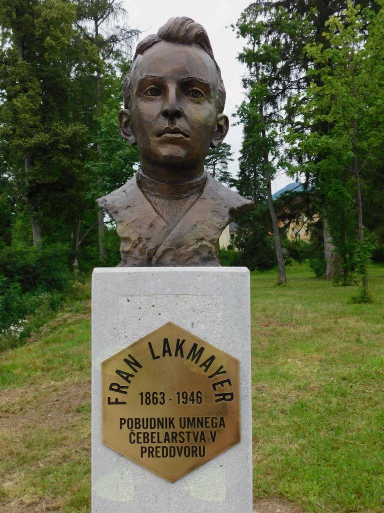 Kip Frana Lakmayerja