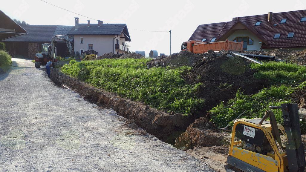 Gradnja vodovoda v Mačah