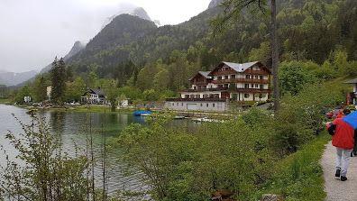Ob jezeru Hintersee