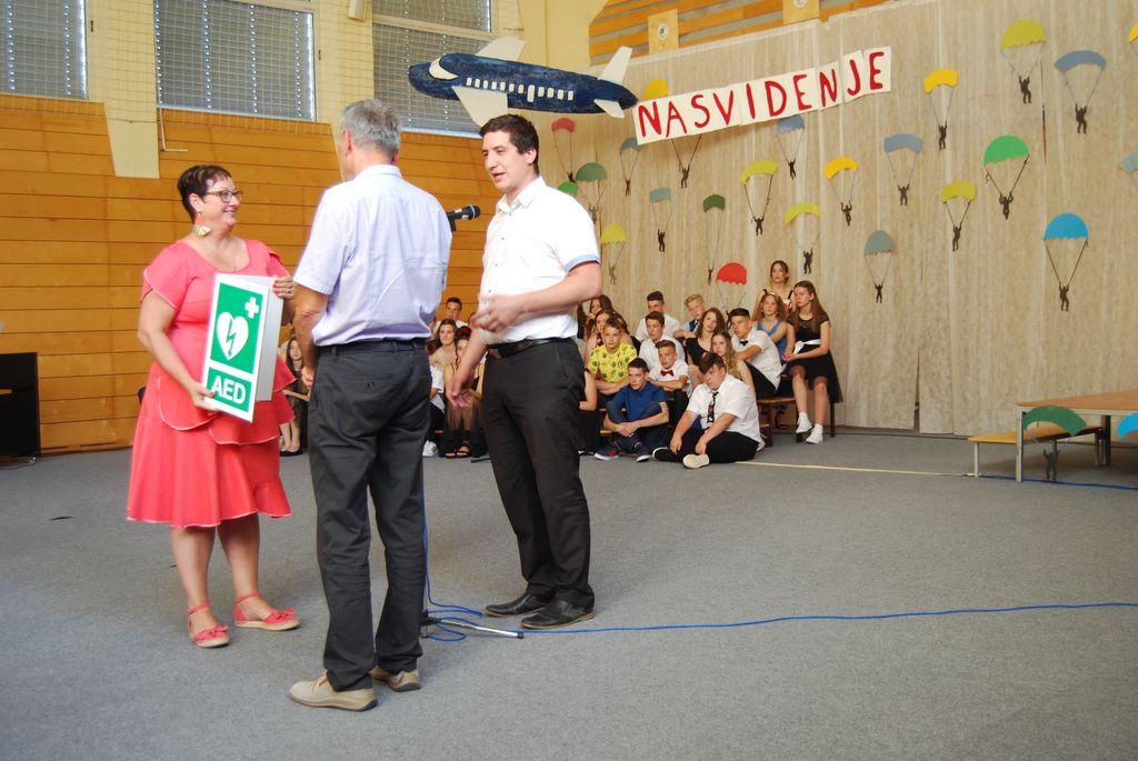 Defibrilator za OŠ Matije Valjavca Preddvor