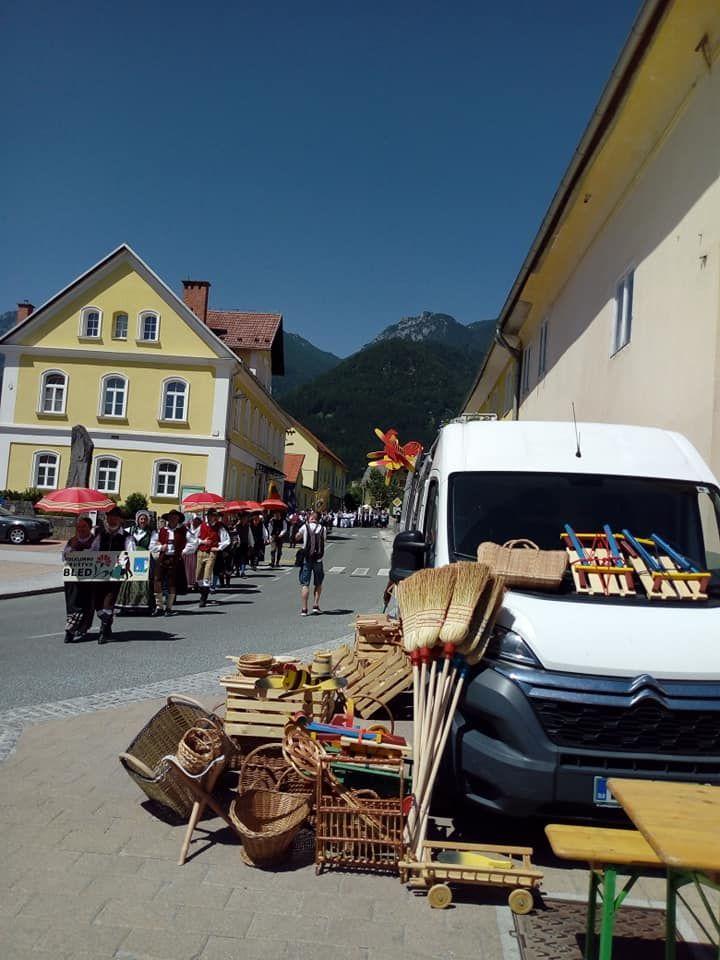 Petrov smn in mednarodni folklorni festival