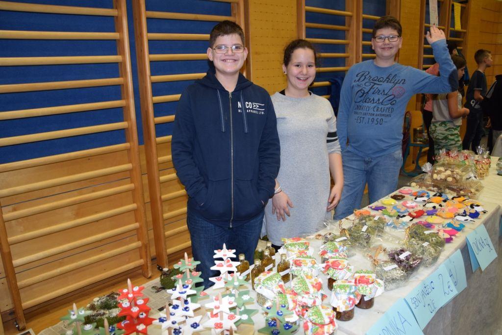Božično novoletna tržnica OŠ Preddvor