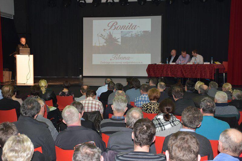 4. kmetijski forum o pametnih tehnologijah, odpornih sortah rastlin in avtohtoni pasmi