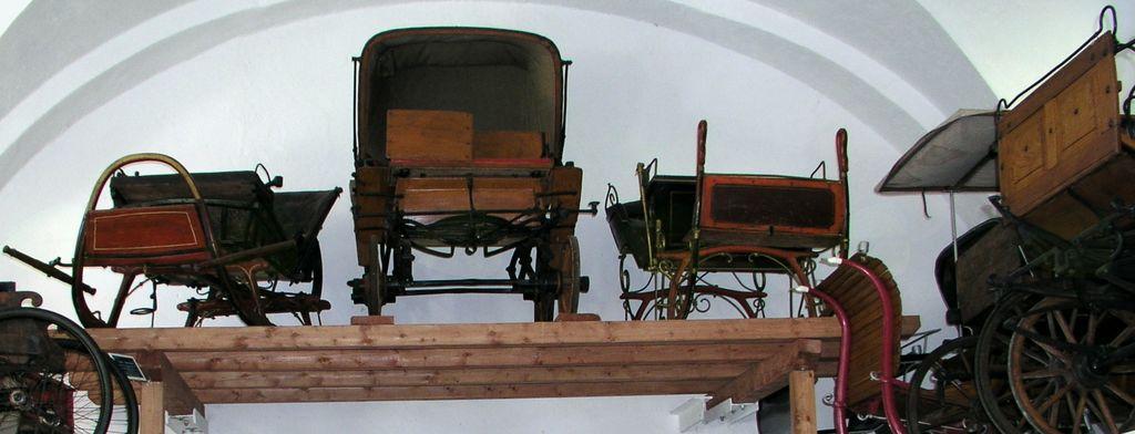 V Soteski so na ogled stara vozila