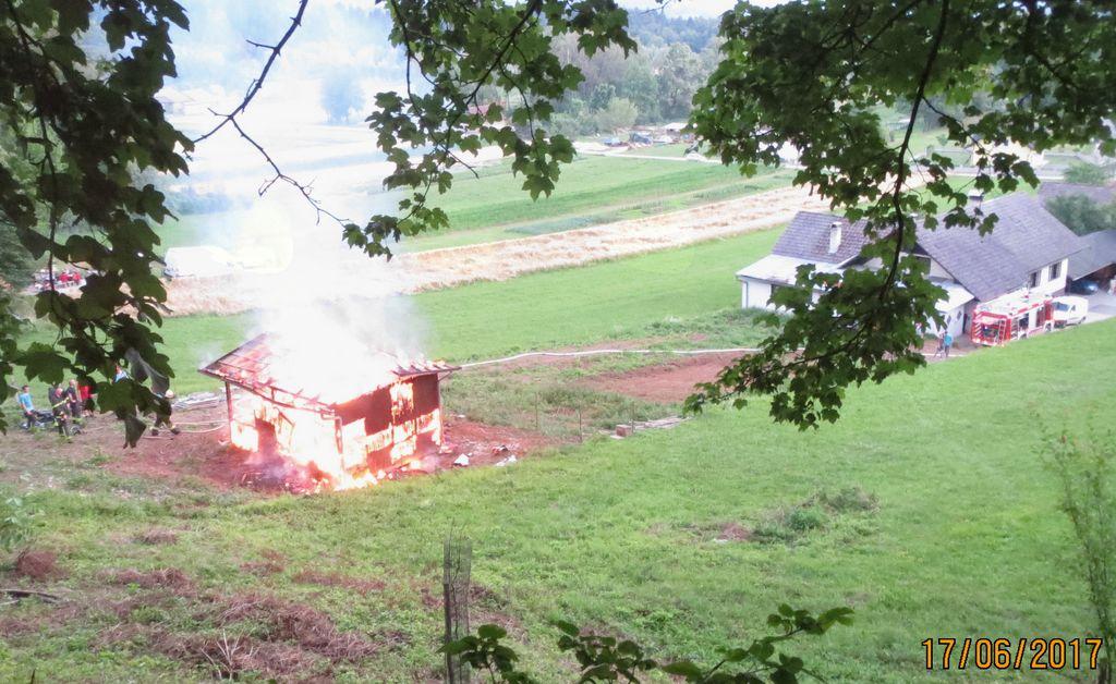 Gasilci pomagajo tudi, ko ni naravnih in drugih nesreč