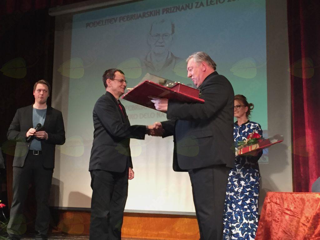 Februarska priznanja za leto 2017 v roke Janezu Trevnu in Simoni Kavčič