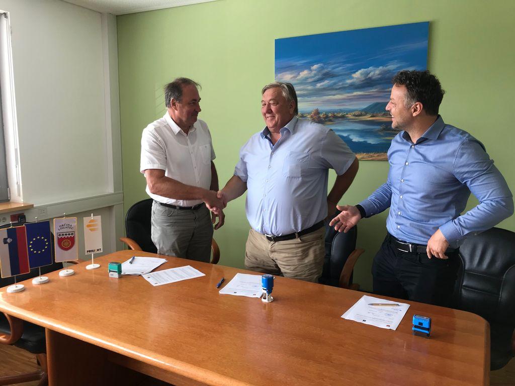 Občina Logatec bo jeseni začela z gradnjo  vodovoda na Petkovcu