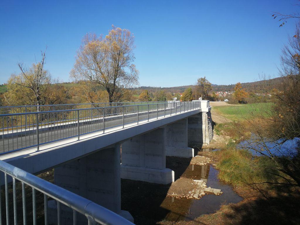 Sanacija mostov v občini Logatec