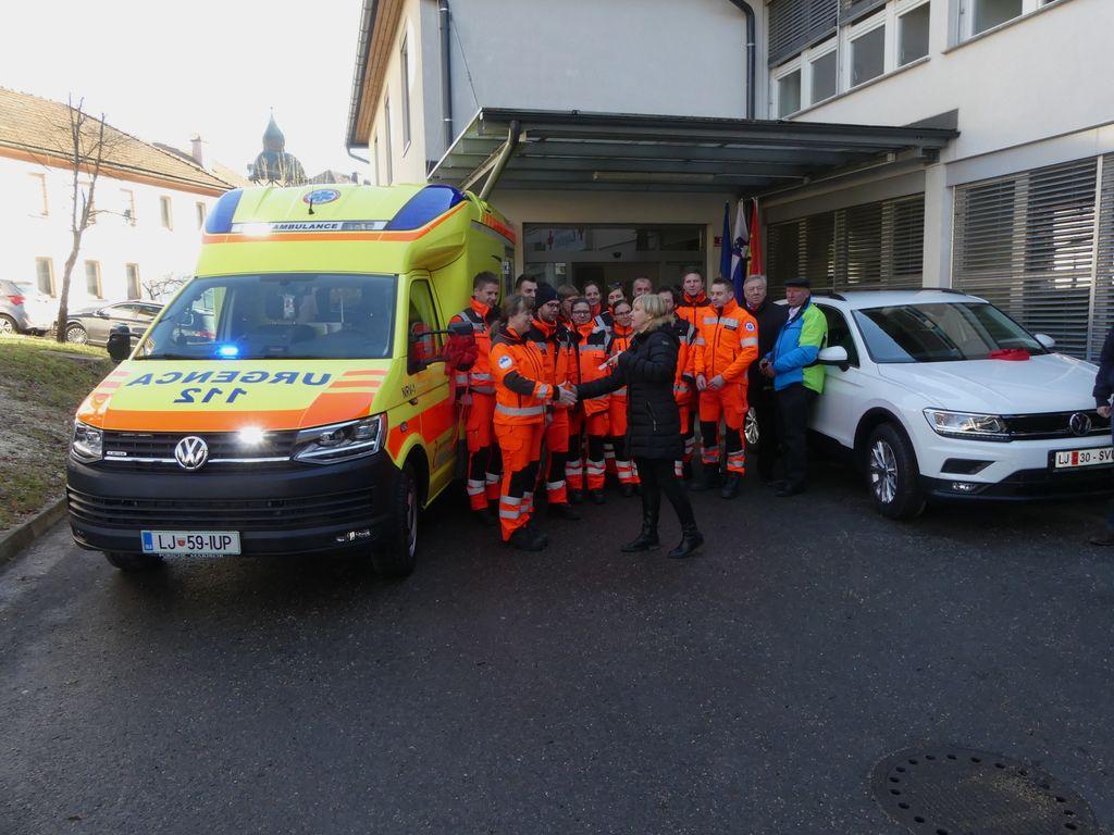 Zdravstveni dom Logatec z novim reševalnim vozilom