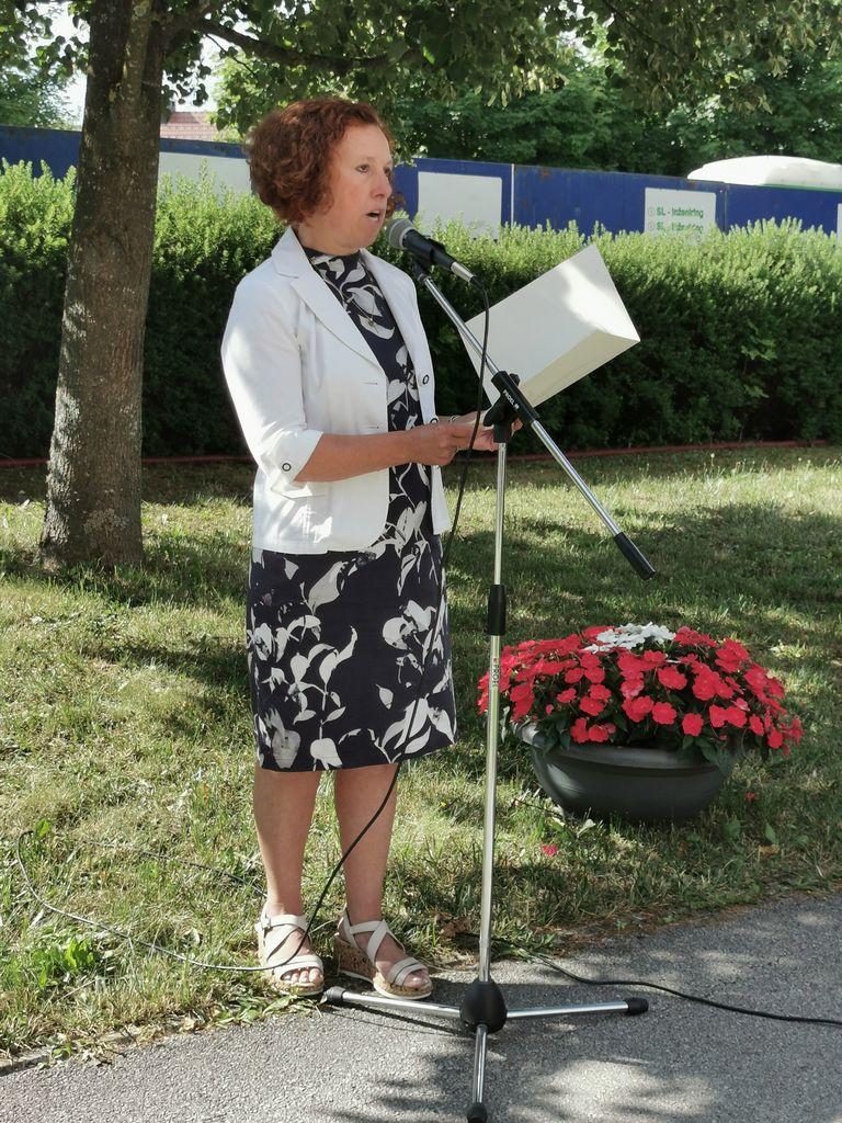 Jeseni novi dnevni center za starejše v Logatcu
