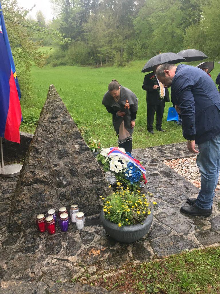 Polaganje venca pred spomenik ruskim ujetnikom v I.sv. vojni