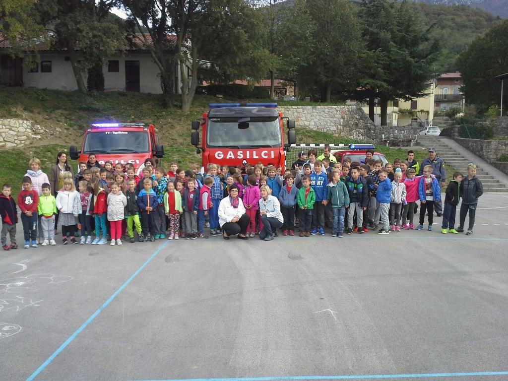 Gasilsko dopoldne na šoli v Črničah