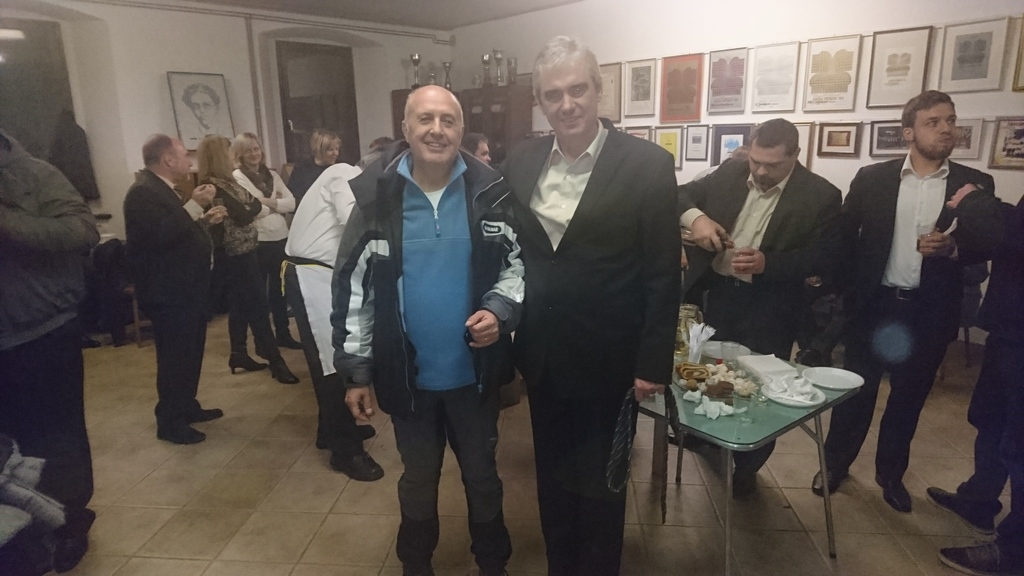 Skladatelj Hilarij Lavrenčič in dirigent Matjaž Šček