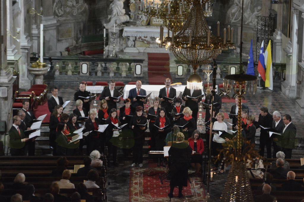 Šturski zbor v Sakralnem abonmaju