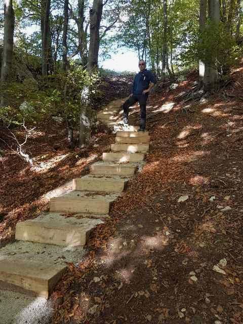 Pobudnik ideje Izidor Peljhan na stopnicah
