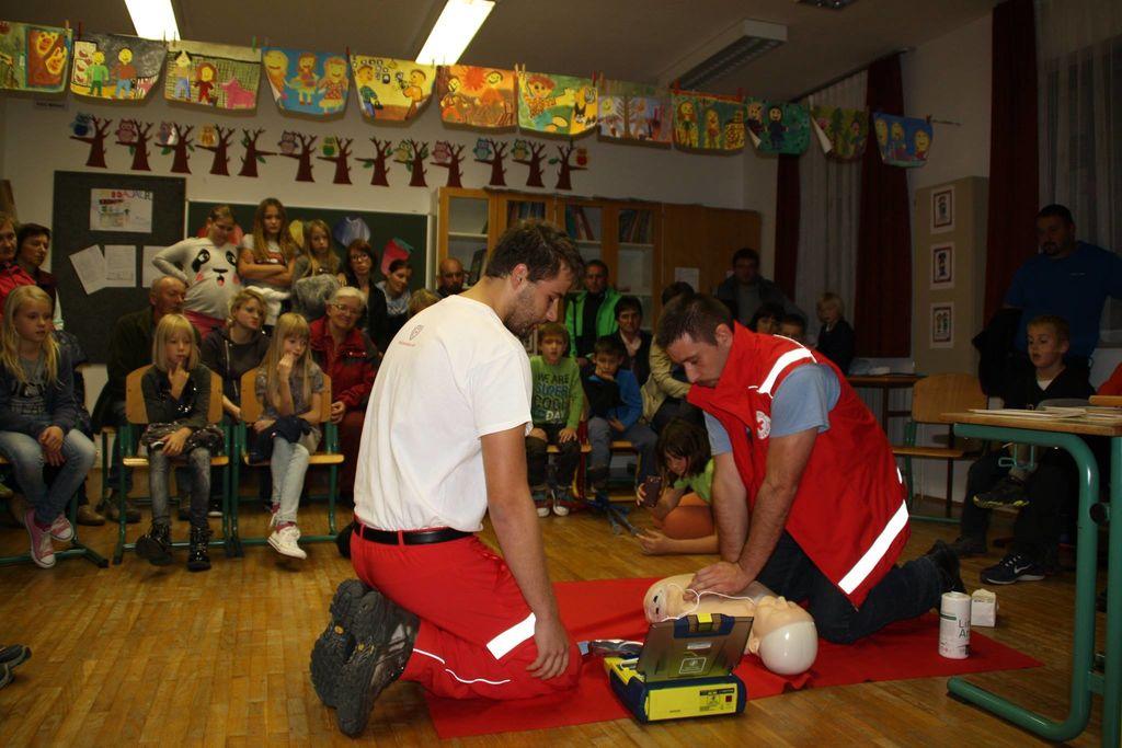 Defibrilator še v Batujah